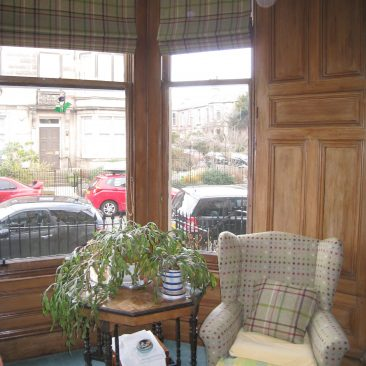 Roman blinds for bay window in Mayfield, Edinburgh